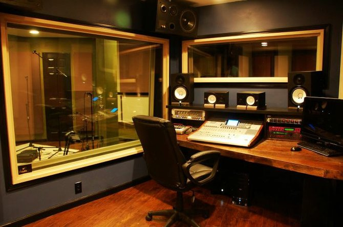 What Goes On Behind The Doors Of A Pro Recording Studio? Find Out Saturday  During