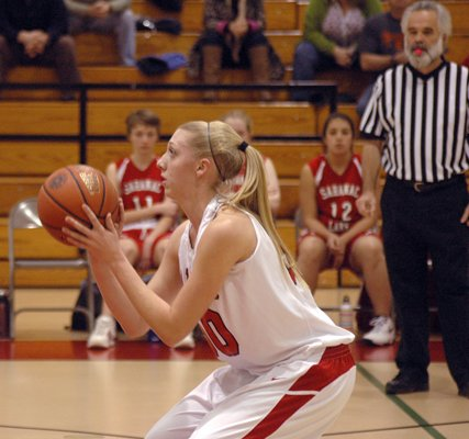Stephanie Linder and the Saranac Lady Chiefs are the top seed in the Class B girls playoffs.