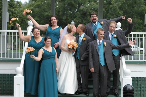 The Bridal Party - Kate Thompson & Carl Shoemaker
