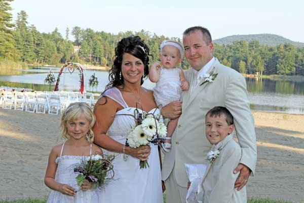 Mr. and Mrs. Nate Yaw and family