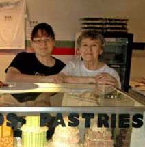 Michelle Barber and Tina Dombrowski of the Cookie-Cup-Cakery in Willsboro.