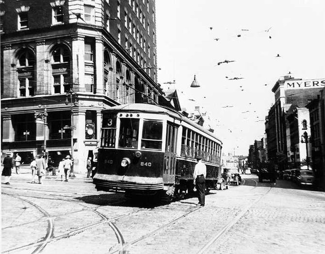 This is the last trolley to run in Albany in August 1946.