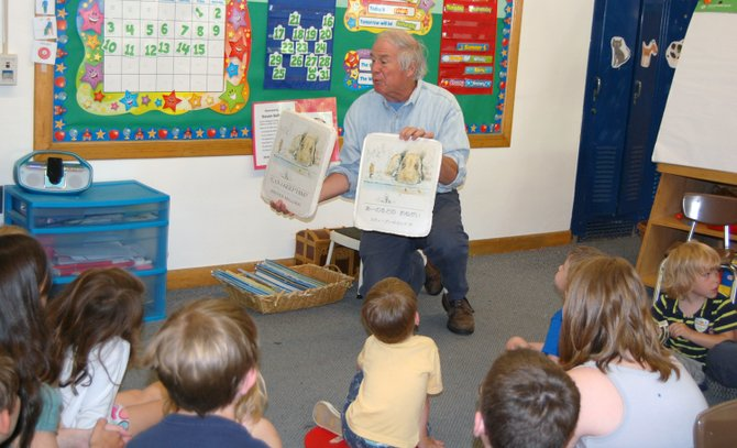 Steven Kellogg reads from his books to Jessica Drinkwine's preschool class at Elizabethtown-Lewis Central School.