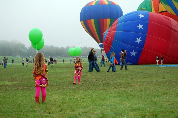 Hot air balloons, fireworks, art receptions, concerts and family fun are all featured this weekend in Northern Warren County.