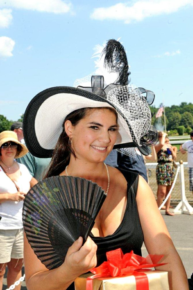 Fashionably Saratoga first place winner Veronica Martin