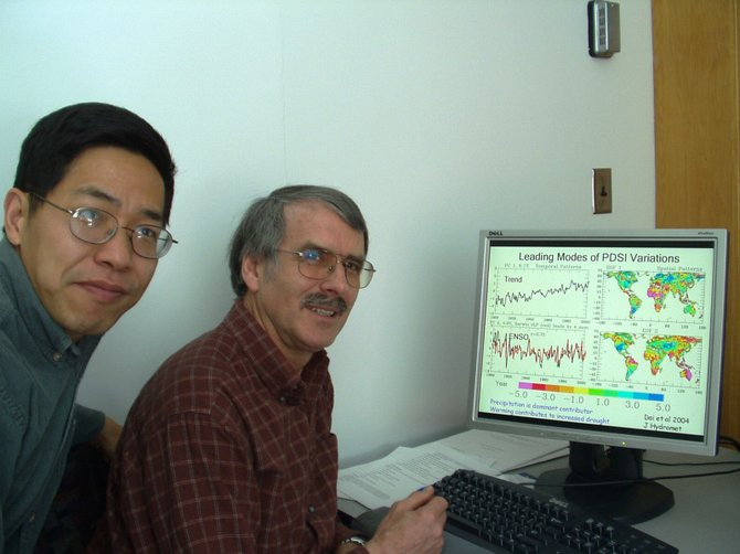Aiguo Dai (left( and Dr. Kevin E. Trenberth (right) earned international recognition for their research on climate change.