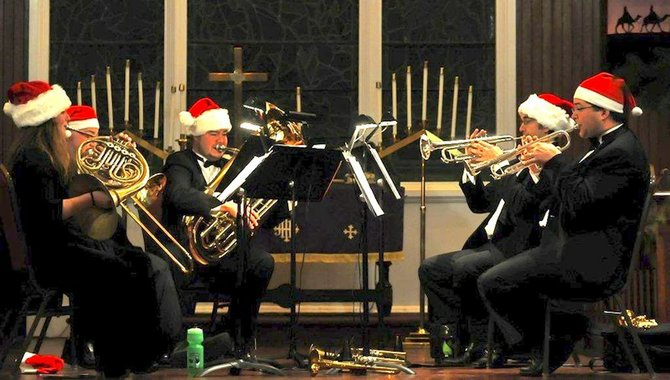 The Vermont Symphony Orchestra's Brass Quintet and Counterpoint Holiday Concert will ring in the season at the Congregational Church in Brandon on Monday, Dec. 17,  beginning at 7:00 p.m. The concert is a joint benefit for the Boys and Girls Club of Brandon and the Benjamin White Memorial Scholarship Fund at Otter Valley Union High School.