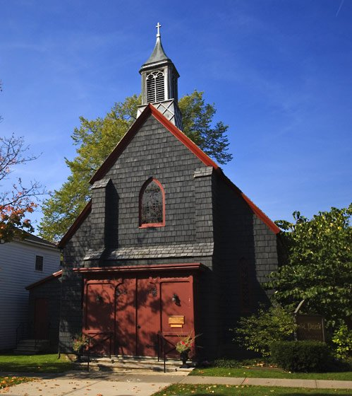 St. Peter's Episcopal Church, located at 10 Mill St. in Cazenovia, offers Holy Eucharist services at 8 a.m. and 10 a.m. on Sundays. For families with young children, Sunday School and Nursery are held during the 10 a.m. service.