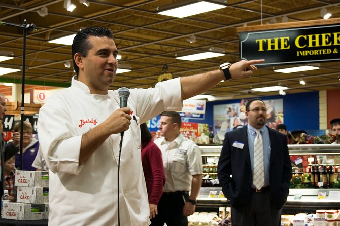 Cake Boss Buddy Valastro drew a crowd to the Price Chopper in Niskayuna's Mohawk Commons on Friday, Nov. 30, to sign copies of his books.