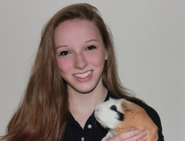 Sixteen-year-old Abby Serfilippi has raised $5,000 for local animal havens by selling homemade crafts through her small local business, the Dust Bunnies Boutique.