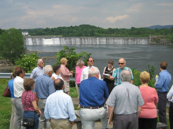 Colonie Historian Kevin Franklin takes questions from a tour group at the Old Military Crossing in Colonie.