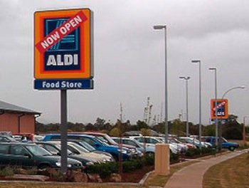 Aldi USA discount supermarket file photo by Bidgee.