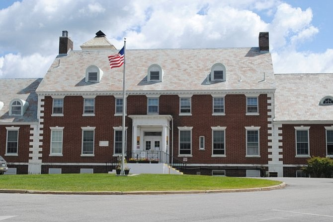 The Porter Federation of Nurses and Health Professionals (PFNHP) met Feb. 2 with the administration at Porter Medical Center (PMC) to discuss the Middlebury hospital's recent announcement of layoffs. PMC is attempting to cut nursing staff in doctor's offices leaving most offices with only R.N.